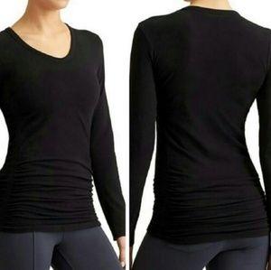Athleta pure black long sleeve shirt